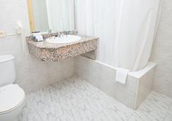 阿米克节庆酒店 - 马略卡岛帕尔马 - 浴室