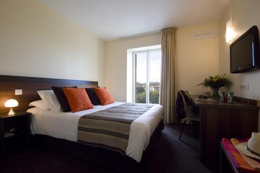 乐莱斯圣雅克酒店 - 圣让-德吕兹 - 睡房