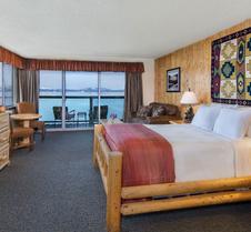 塔霍湖岸旅馆及Spa