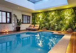 圣保罗波尔图湾酒店 - 圣保罗 - 游泳池