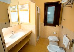 费乌瑞别墅度假酒店 - 马尔萨拉 - 浴室