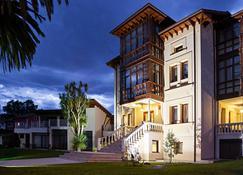 印第安纳酒店 - 利亚内斯 - 建筑
