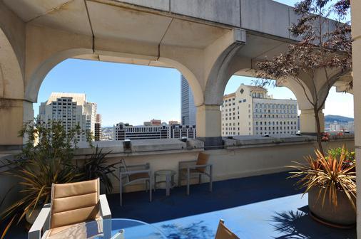 多纳特罗俱乐部酒店 - 旧金山 - 阳台