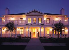 麦克阿瑟温泉酒店 - 索诺玛 - 建筑