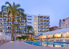 Rh拜仁公园酒店 - 甘迪亚 - 建筑