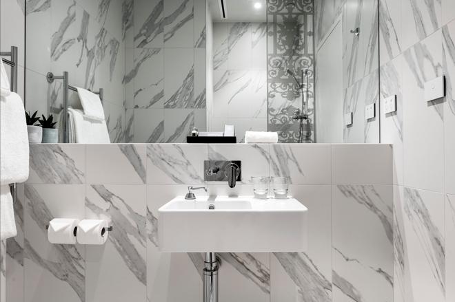 珀斯墨尔本酒店 - 珀斯 - 浴室