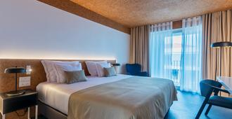 加拿大人 - 城市自然酒店 - 蓬塔德尔加达 - 睡房