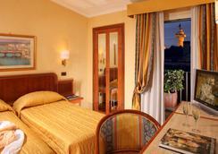 内葛诺酒店 - 罗马 - 睡房