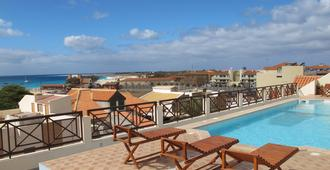 安蒂戈天井旅馆 - 圣玛丽亚 - 游泳池