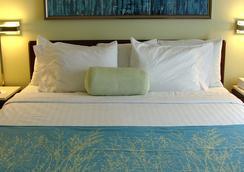 斯普里赫尔套房酒店-奥斯汀罗德罗克 - 圆石城 - 睡房