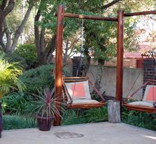 Journey's Inn Africa Guest Lodge