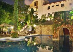 埃克斯巴拉姆克度假温泉酒店 - 坎昆 - 游泳池