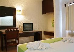 埃克斯巴拉姆克度假温泉酒店 - 坎昆 - 睡房