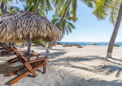 埃斯孔迪多港酒店 - 埃斯孔迪多港 - 海滩