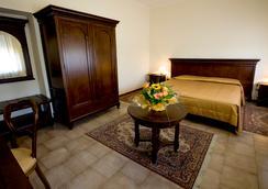 皇家驿站酒店 - 都灵 - 睡房