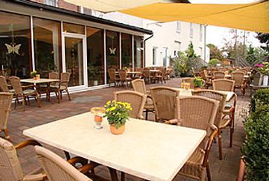兰豪斯亚杰克鲁格酒店 - 帕德博恩 - 餐馆