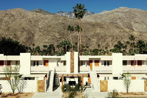 艾斯游泳俱乐部棕榈泉酒店 - 棕榈泉 - 建筑