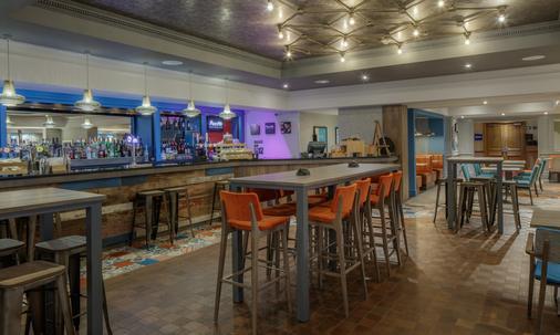 希尔顿动米德兰机场酒店 - 德比 - 酒吧