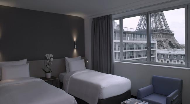 铂尔曼度假巴黎埃菲尔铁塔酒店 - 巴黎 - 睡房