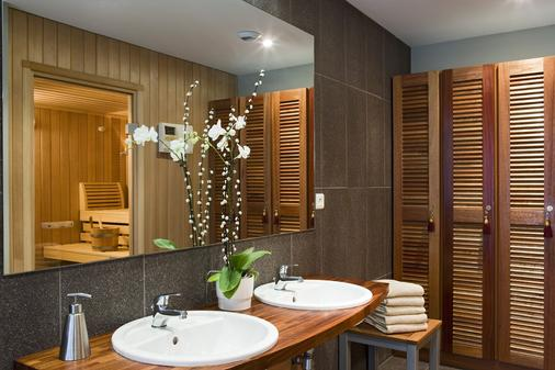 铂尔曼酒店-图卢兹机场 - 布拉尼亚克 - 浴室