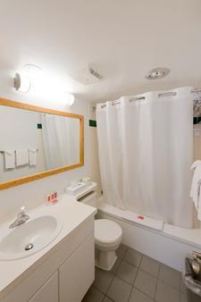 生态小屋旅馆 - 乔治王子城 - 浴室