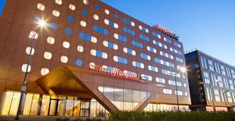 圣彼得堡展览论坛希尔顿汉普顿酒店 - 圣彼德堡