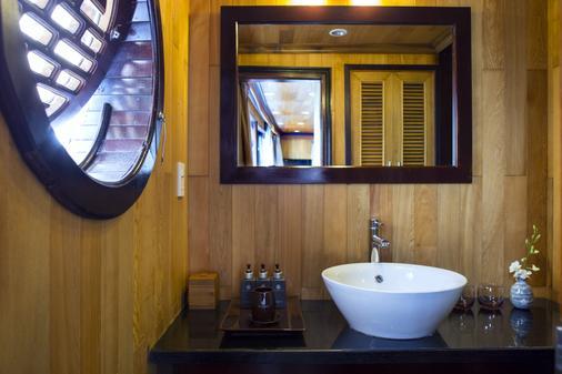 阿芙罗狄蒂邮轮酒店 - 下龙湾 - 浴室