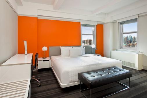 纽约罗酒店 - 纽约 - 睡房