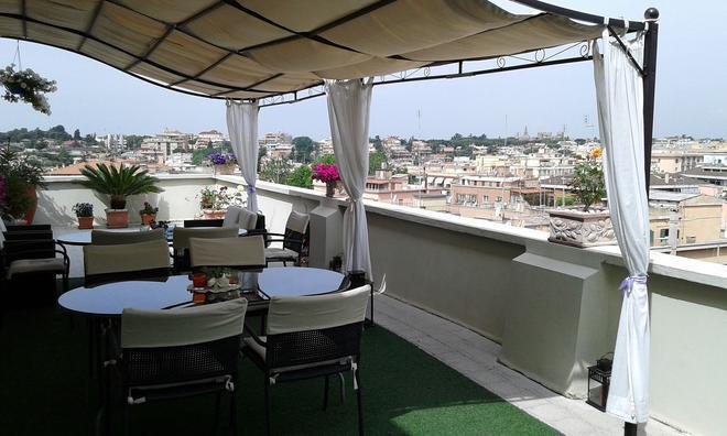 罗马公爵夫人酒店 - 罗马 - 阳台