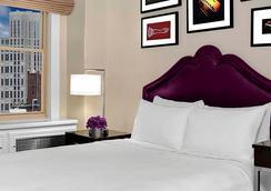 纽约市列克星敦大道傲途格精选酒店 - 纽约 - 睡房