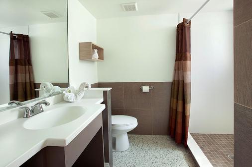 奥特里戈海滩度假酒店 - 迈尔斯堡海滩 - 浴室