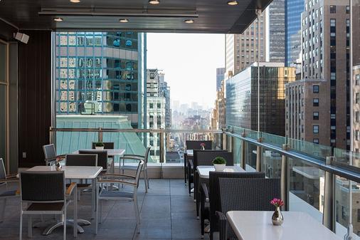 格兰德中央精品酒店 - 纽约 - 阳台