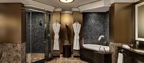 纽约皇宫大厦酒店 - 纽约 - 浴室