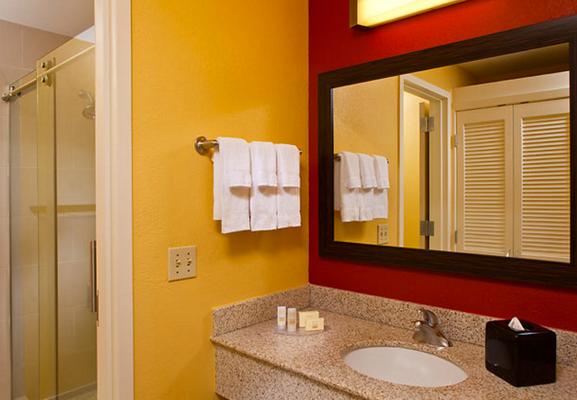 法国区旁新奥尔良市中心万怡酒店 - 新奥尔良 - 浴室