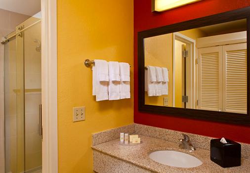 新奥尔良市中心法国区附近万怡酒店 - 新奥尔良 - 浴室