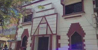 中央线宾馆 - 孟买 - 建筑