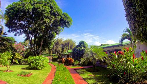 阿美利卡拉罗萨德酒店 - 阿拉胡埃拉 - 户外景观