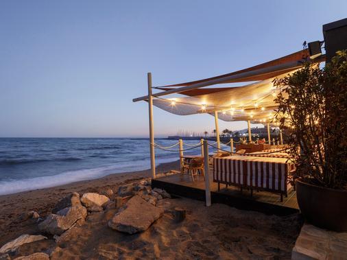 马贝拉富而特酒店 - 马贝拉 - 海滩