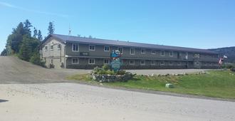 白鲸湖旅馆 - 荷马