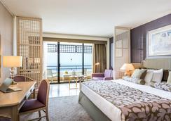 安塔利亚市中心里克瑟斯酒店 - 安塔利亚 - 睡房