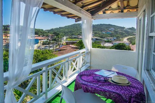鲍萨达安罗马多马尔酒店 - 布希奥斯 - 阳台