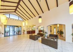 Hotel Portaventura - Theme Park Tickets Included - 萨洛 - 大厅