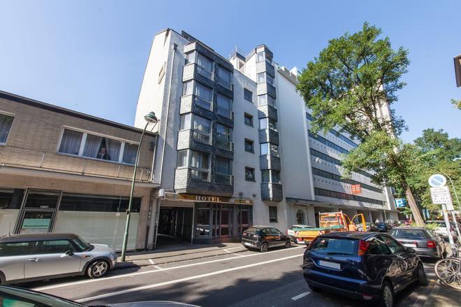 杜塞尔多夫安德科诺富姆酒店 - 杜塞尔多夫 - 建筑