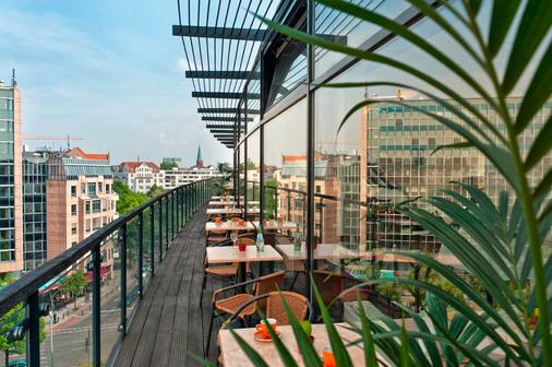 柏林选帝侯大街卡姆酒店 - 柏林 - 阳台