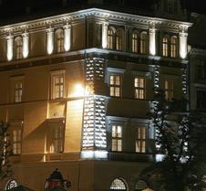 波那罗斯基宫酒店