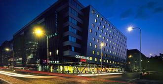 布拉格弗罗拉万怡酒店 - 布拉格 - 建筑
