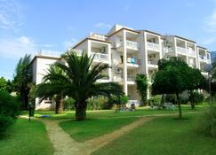奥纳欧吉亚公寓 - 德尼亚 - 建筑