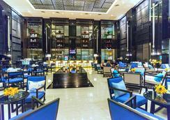 皇家天堂温泉酒店 - 芭东 - 大厅