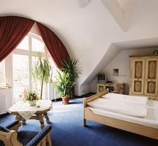 泽波斯特酒店