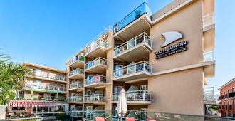 艾尔特布昂精品 SPA 酒店 - 建议成人入住 - 托雷莫利诺斯 - 建筑